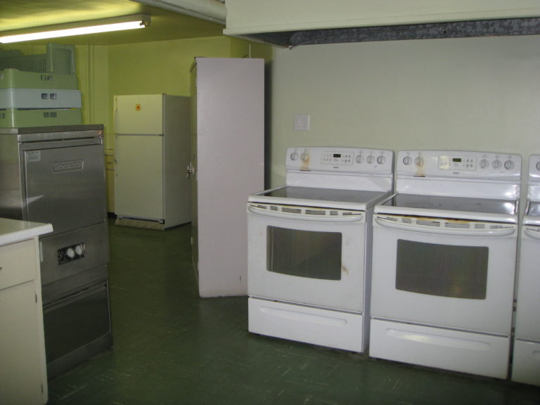 Kitchen stoves, dishwasher, fridges